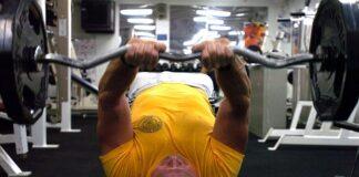 ile powinien trwać trening na siłowni