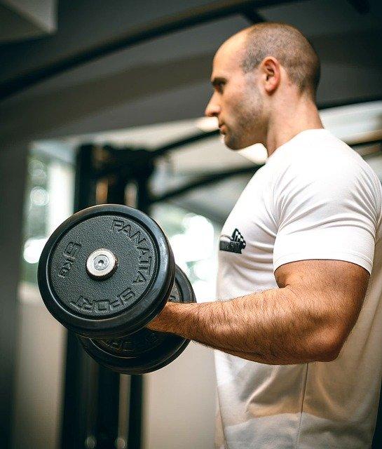 rękawiczki do ćwiczeń na siłowni